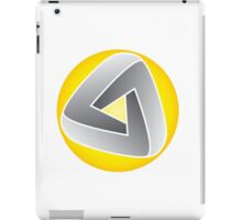 Curvy Mobius Triangle T-shirt iPad Case/Skin