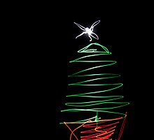 Xmas Tree Light Painting by maclac