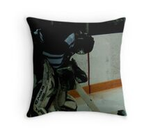 60 Seconds for 60 Minutes- By. Jonny McKinnon Throw Pillow