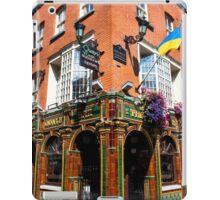 The Quays Bar - Dublin Ireland iPad Case/Skin