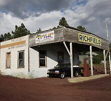 Route 66 Filling Station by Frank Romeo