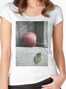 Red Delicious Women's Fitted Scoop T-Shirt