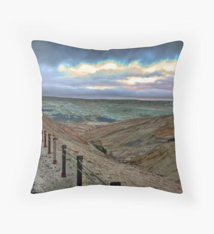 Swaledale from Buttertubs Pass Throw Pillow
