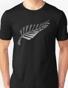 Silver fern distressed  T-Shirt