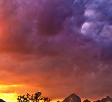 Sundown on Sedona by Linda Sparks