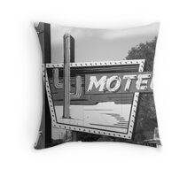 Route 66 - Western Motel Throw Pillow