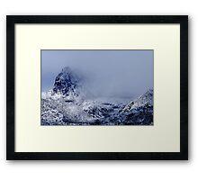 Cradle Mountain........... Framed Print