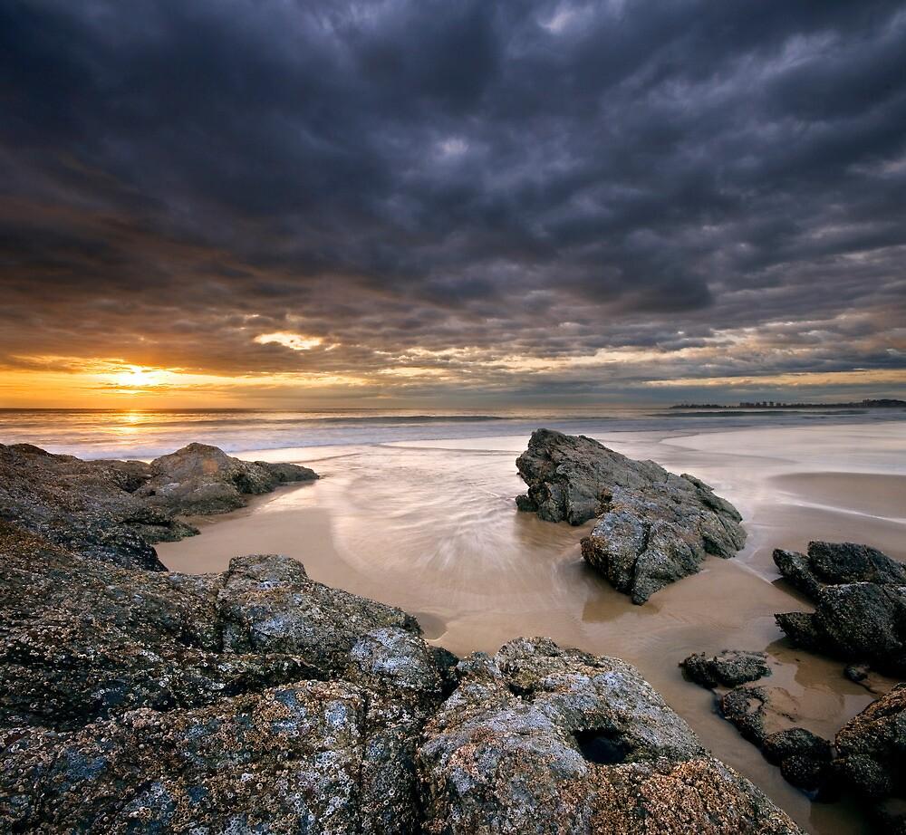 Currumbin Beach | Gold Coast | Australia by Pawel Papis