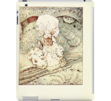 The Tailor of Gloucester Beatrix Potter 1903 0018 Mouse in Fine Clothing iPad Case/Skin