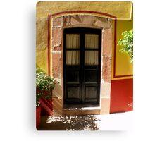 Visillos de una puerta..................... Canvas Print