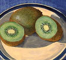 Two kiwi halves and a gooseberry by bernzweig