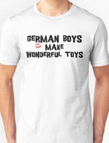"Funny German ""German Boys Make Wonderful Toys"" T-Shirt Unisex T-Shirt"