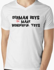 "Funny German ""German Boys Make Wonderful Toys"" T-Shirt Mens V-Neck T-Shirt"