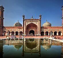Jama Masjid by Roddy Atkinson