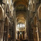 Rouen - Nave by Peter Reid