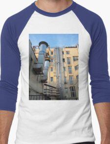 Back of the multistorey office building Men's Baseball ¾ T-Shirt