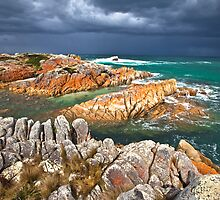The Gulch, Bay of Fires, Tasmania by touchedbylight