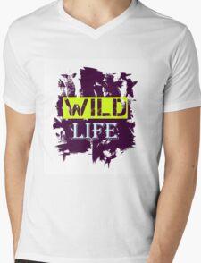 Wild Life quote on grunge background T-Shirt