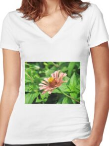 One Pretty Flower Women's Fitted V-Neck T-Shirt