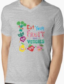Eat your Fruit and Veggies - beige Mens V-Neck T-Shirt