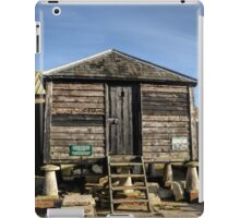 Black Barn. Tyneham Dorset UK iPad Case/Skin