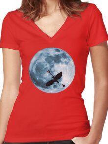 Full Moon Flight Women's Fitted V-Neck T-Shirt
