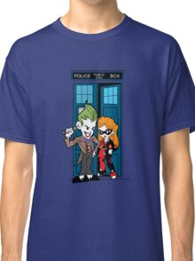 Madman in a blue box Classic T-Shirt