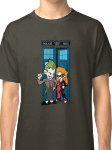 Madman in a blue box Classic T-Shirt