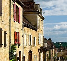 Dordogne - Afternoon light in Domme by macondo