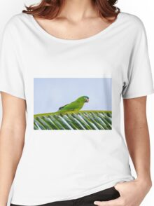 Parrot on a palm Women's Relaxed Fit T-Shirt