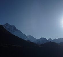 Himalayas - All it's glory again... by Sanjay Chauhan