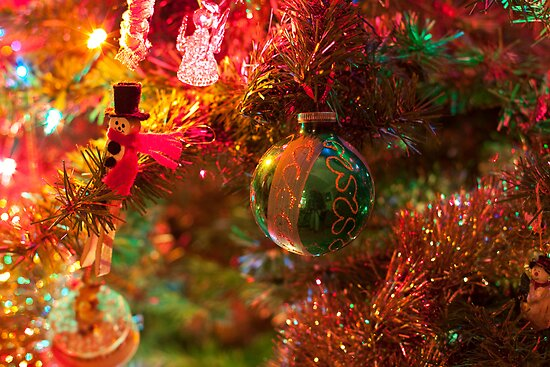 Christmas tree close up. by Edward Mahala