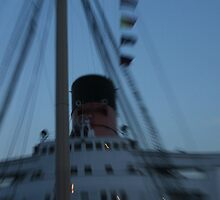 Queen Mary Time Warp by kuumbalion