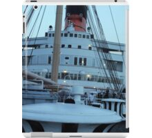 Queen Mary Superstructure  iPad Case/Skin