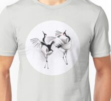 Illustration art - Japanese cranes mating ritual Unisex T-Shirt