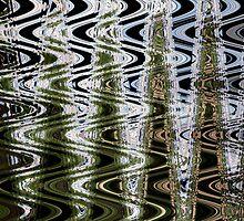 Green Zigzag by Helen Shippey