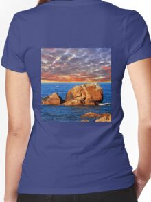 Sail at sunset Women's Fitted V-Neck T-Shirt