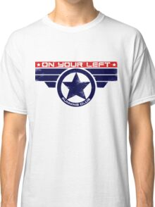 """""""On Your Left Running Club"""" Hybrid Classic T-Shirt"""