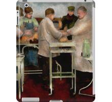 Veterinarian - Saving my best friend 1900s iPad Case/Skin