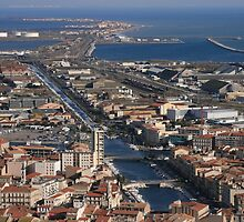 The main canal Sete southern France by Paul Pasco