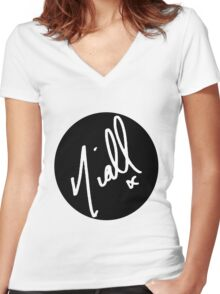 Niall Horan Signature - White Women's Fitted V-Neck T-Shirt