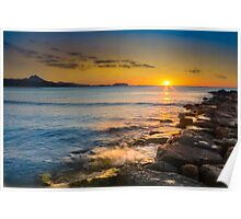 Sun kissed rocks and waves Poster