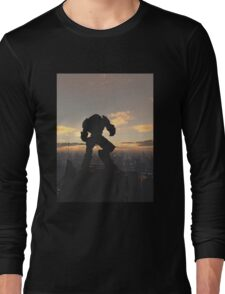 Future City - Robot Sentinel at Sunset Long Sleeve T-Shirt