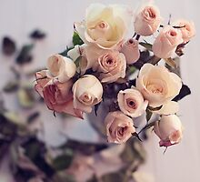 rose bouquet, beauty decay by STUDIOCLAIRE