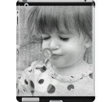 Bubble Play iPad Case/Skin