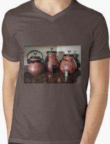 The Potts Family Mens V-Neck T-Shirt