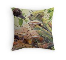 chat with a snail Throw Pillow