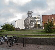 Letter statue and wall in Borås by frommyhorizon