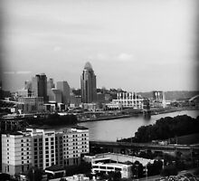Cincinnati in Black and White by Juli Cady Ryan