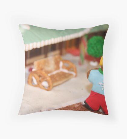 Gingerbread girl Throw Pillow